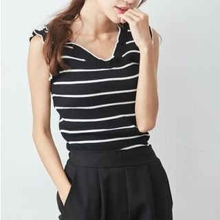 Sleeveless Striped Top 1067761467