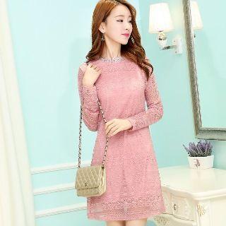 Set: Lace Dress + Sleeveless Buttoned Dress 1048368250