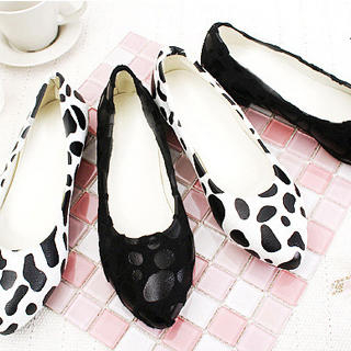 Picture of KAWO Animal Printed Pointy Flats 1022759174 (Flat Shoes, KAWO Shoes, China Shoes, Womens Shoes, Womens Flat Shoes)