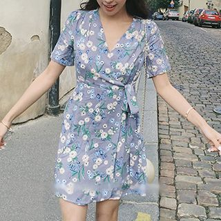 Floral Print Short Sleeve Wrapped Dress