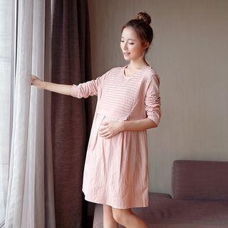 Pleated Maternity Dress 1051644737
