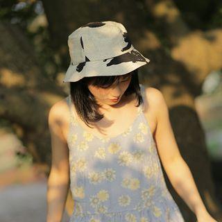 Bucket | White | Print | Hat