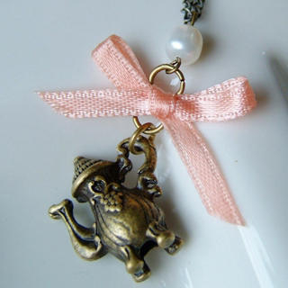 Sweetie Ribbon Pearl Kettle Necklace 1013018920