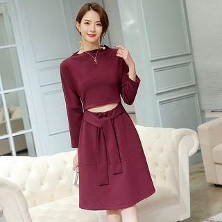Long-Sleeve Tie-Waist A-Line Dress 1064406887