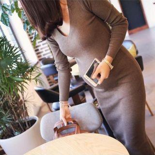 Image of Maternity 3/4-Sleeve Knit Midi Dress