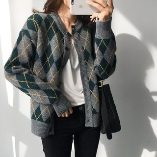 Round-Neck Argyle Cardigan 1062792061