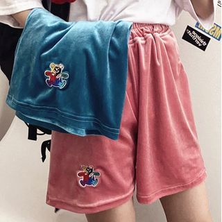 Image of Bear Embroidered Band-Waist Straight-Cut Shorts