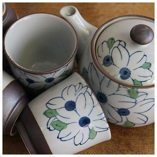 Set: Floral Ceramic Teapot + 4 Cups 1049130360