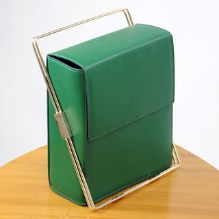 Boxy Handbag 1061122640