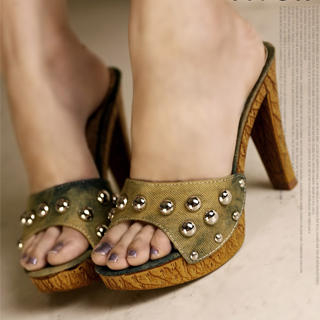 Picture of Kvoll Studded Platform Mules 1023070528 (Other Shoes, Kvoll Shoes, China Shoes, Womens Shoes, Other Womens Shoes)