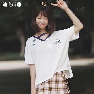 Short-Sleeve V-neck T-Shirt 1061307584