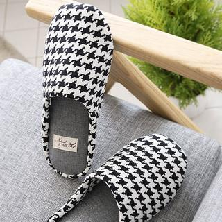 Houndstooth Slippers