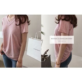 Short-Sleeve V-Neck T-Shirt 1058175398