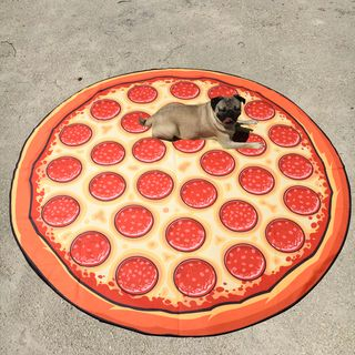 pizza-beach-blanket