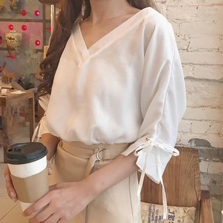 Elbow-Sleeve V-neck T-Shirt 1058501667