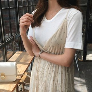 V-Neck Short-Sleeve T-Shirt 1065816548