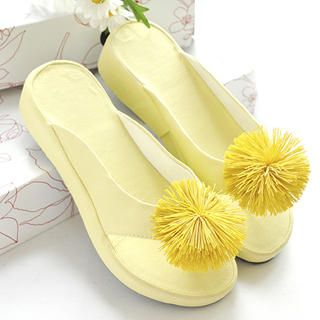 Picture of KAWO Pompom-Accent Mules 1022910421 (Other Shoes, KAWO Shoes, China Shoes, Womens Shoes, Other Womens Shoes)