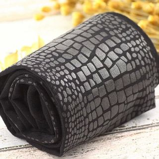 Image of Croc Grain Faux Leather Cropped Leggings Black - Pantyhose