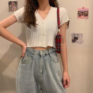 Short-sleeve | V-neck | Top