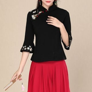Embroidered Elbow-Sleeve Top 1063872761