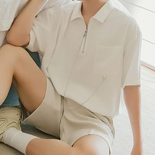 Image of Chain-Detail Pocket-Front Short-Sleeve Shirt