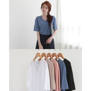 V-Neck Short-Sleeve T-Shirt 1061237644