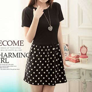 Short-Sleeve Dotted Pleated Dress 1045483170