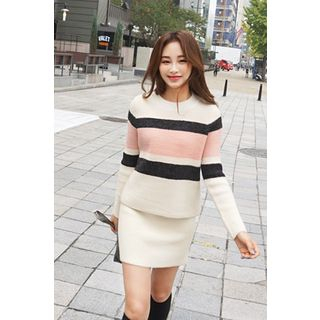 Set: Crew-Neck Color-Block Sweater + Knit Skirt