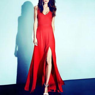 Sleeveless   Dress   Slit