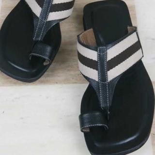 Picture of ROSEMAN Toe-Loop Sandals 1022981581 (Sandals, ROSEMAN Shoes, Korea Shoes, Mens Shoes, Mens Sandals)