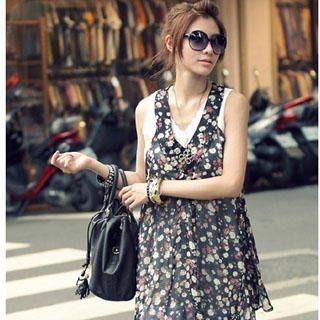 Buy PUFFY Set: Sleeveless V-Neck Chiffon Dress + Eyelet Lace Slipdress Black – One size 1022907185