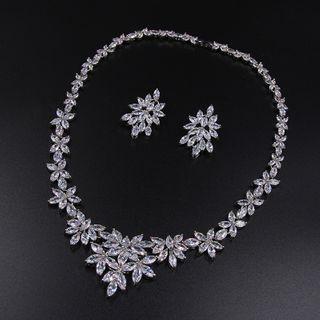 Image of Set: Rhinestone Leaf Necklace + Earring Set - 1 Pair - Stud Earrings & Necklace - Zircon - White - One Size