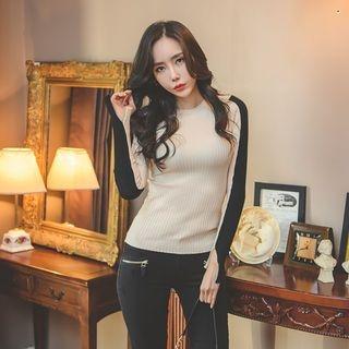 Contrast Slit-Sleeve Slim-Fit Knit Top 1064739582