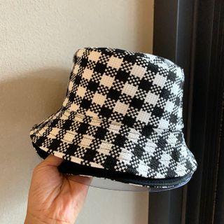 Bucket | Plaid | White | Black | Hat