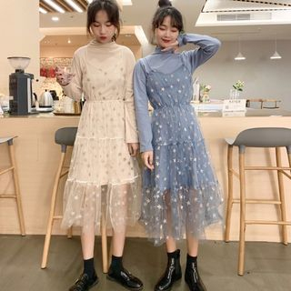 Image of Long-Sleeve Mock Neck T-Shirt / Spaghetti Strap Star Print Midi A-Line Dress