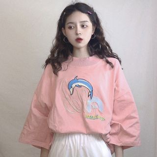 Image of 3/4-Sleeve Dolphin Embroidered Top