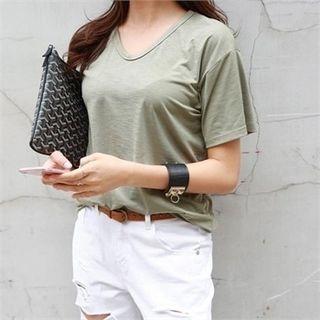 V-Neck Short-Sleeve T-Shirt 1060509941