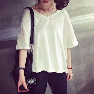 Elbow-Sleeve V-Neck T-Shirt 1049928812