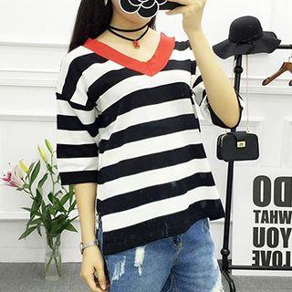Elbow-Sleeve Striped V-Neck T-Shirt 1052805971