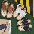 Thong Tasseled Platform Sandals от YesStyle.com INT
