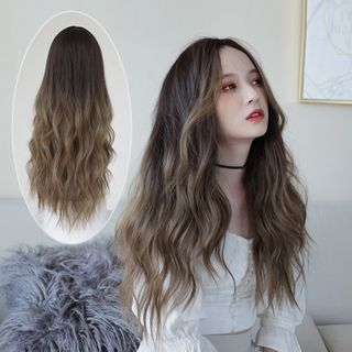 Image of Long Full Wig - Wavy Yellowish Brown - One Size
