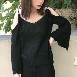 Cold Shoulder Bell-Sleeve Rib Knit Top 1054866094