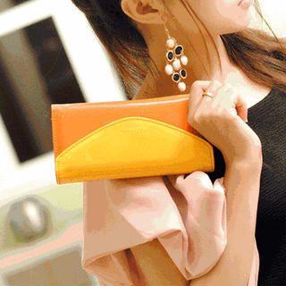 Contrast-Color Wallet