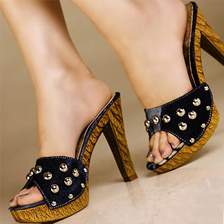 Picture of Kvoll Studded Platform Mules 1023070535 (Other Shoes, Kvoll Shoes, China Shoes, Womens Shoes, Other Womens Shoes)