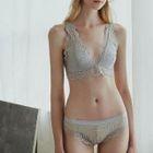 Set: V-Neck Lace Bra + Panties 1596
