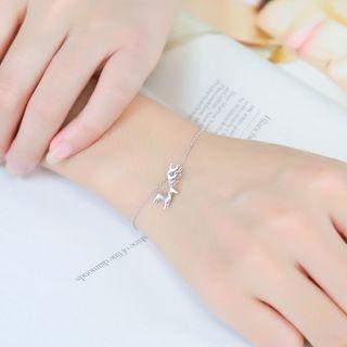 sterling-silver-reindeer-bracelet
