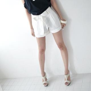 Buy MoDN Bow-Tie Cuffed Hem Shorts with Sash 1022965683