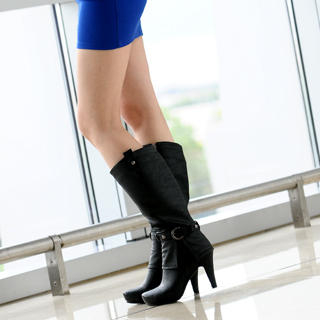 belted-tall-boots