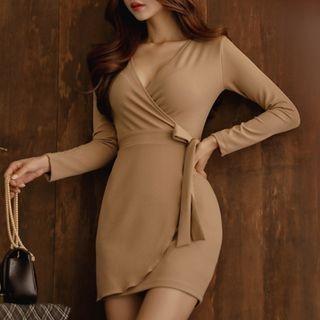Long-Sleeve Tie-Waist Dress 1063038110