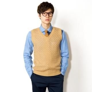 Cable-Knit V-Neck Vest